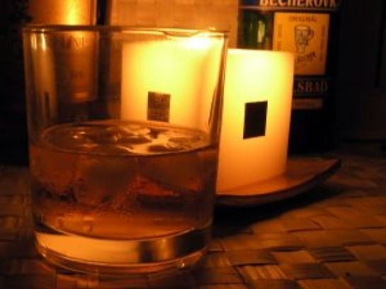 bicchiere-di-whisky_2270472